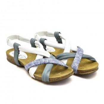 Na niewysokiej koturęce zapinane na rzep sandałki na paseczku Sandały SPK Shoes 930/F
