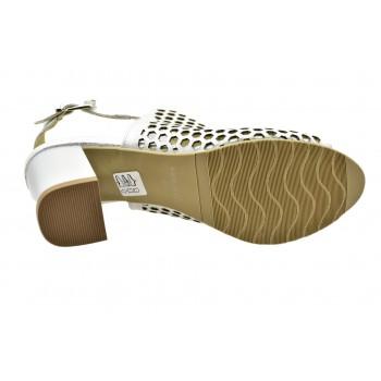 f68e7b01 ... wygodne jasne dziurkowane srebrzyste sandały laura piacci 420