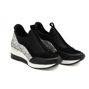 eleganckie obuwie sportowe ze srebrnymi dodatkami