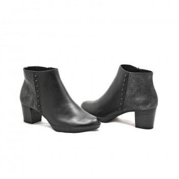 Buty na obcasie damskie czarne  Marco Tozzi 25388