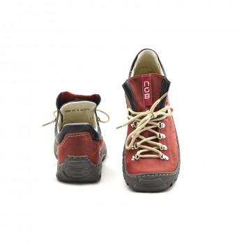 Buty w góry Nagaba 055 skórzane o dobrej przyczepności