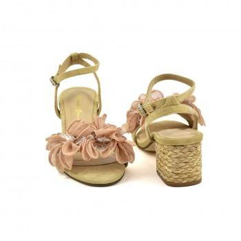 Modne i stylowe damskie sandałki Alma en Pena