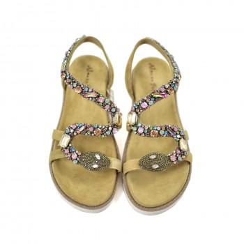 Idealne sandały na płaskiej grubszej koturence z wyprofilowanymi miękkimi wkładkami Alma en Pena