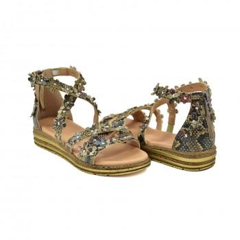 Skórzane sandały na grubszej dobrze wyprofilowanej podeszwie