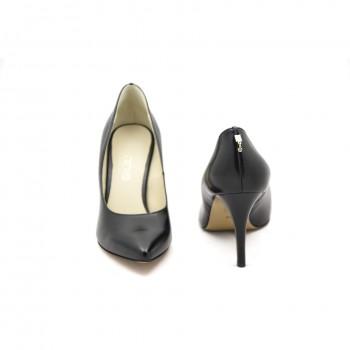 Wygodne buty wizytowe Anis 4322 Czarny  pasujące do każdej stylizacji